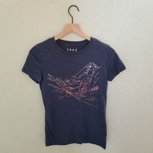 Mountain Hills Scenic Novelty Print Graphic Tee